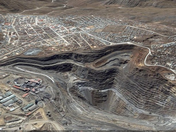 the-cerro-de-pasco-mine-is-an-active-zinc-lead-silver-mine-in-peru.jpg